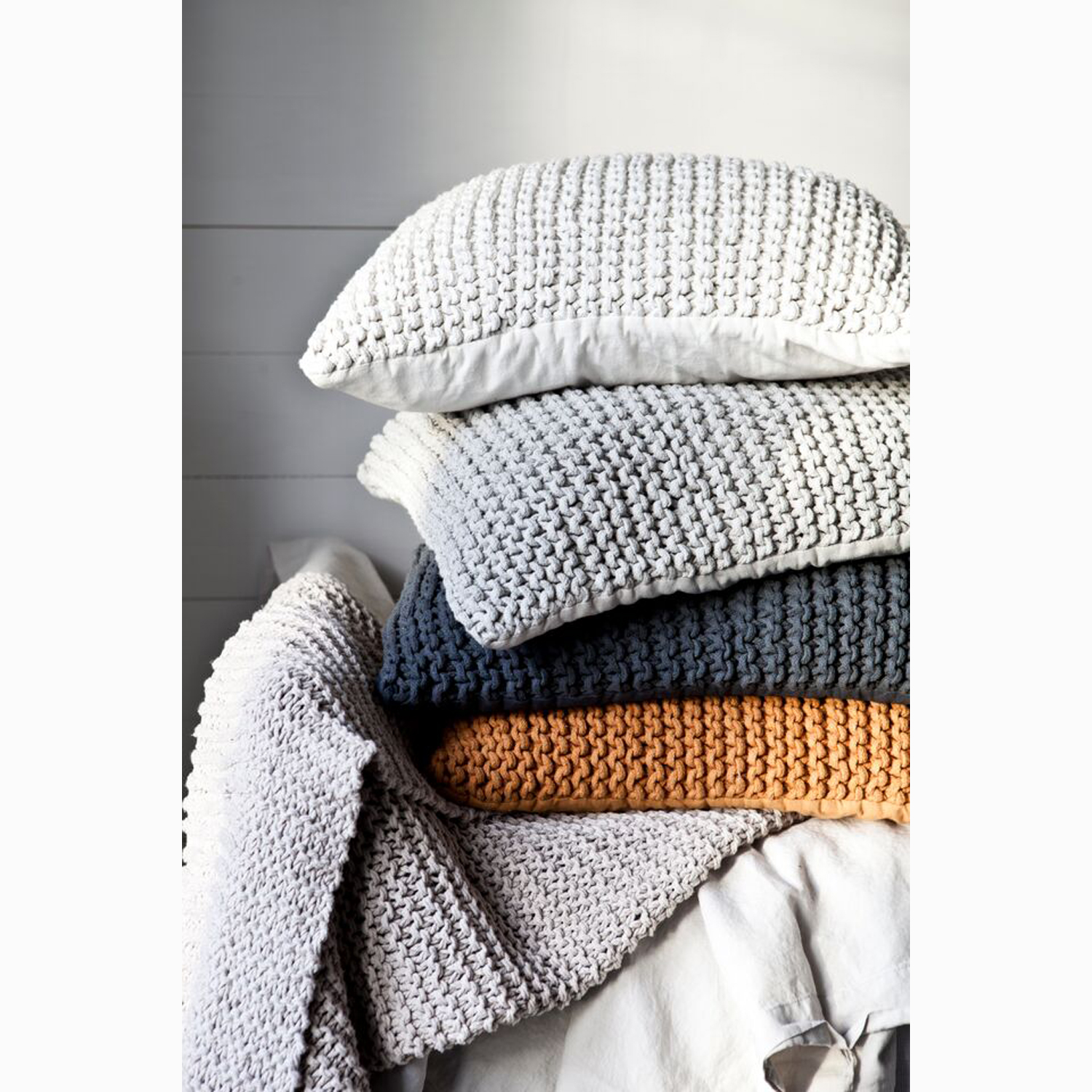 Knitted filt 170x130, offwhite