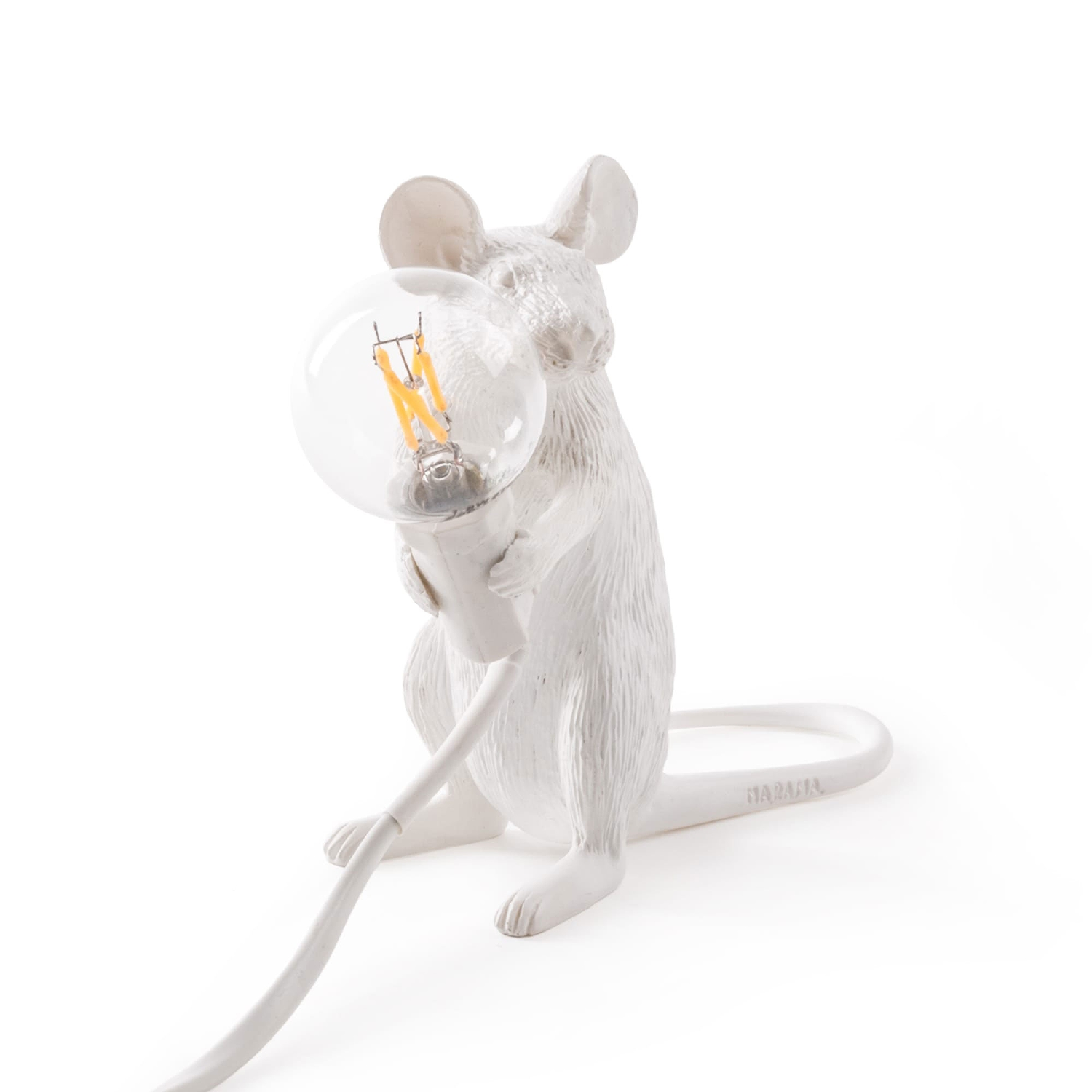 Mouse lamp sittande