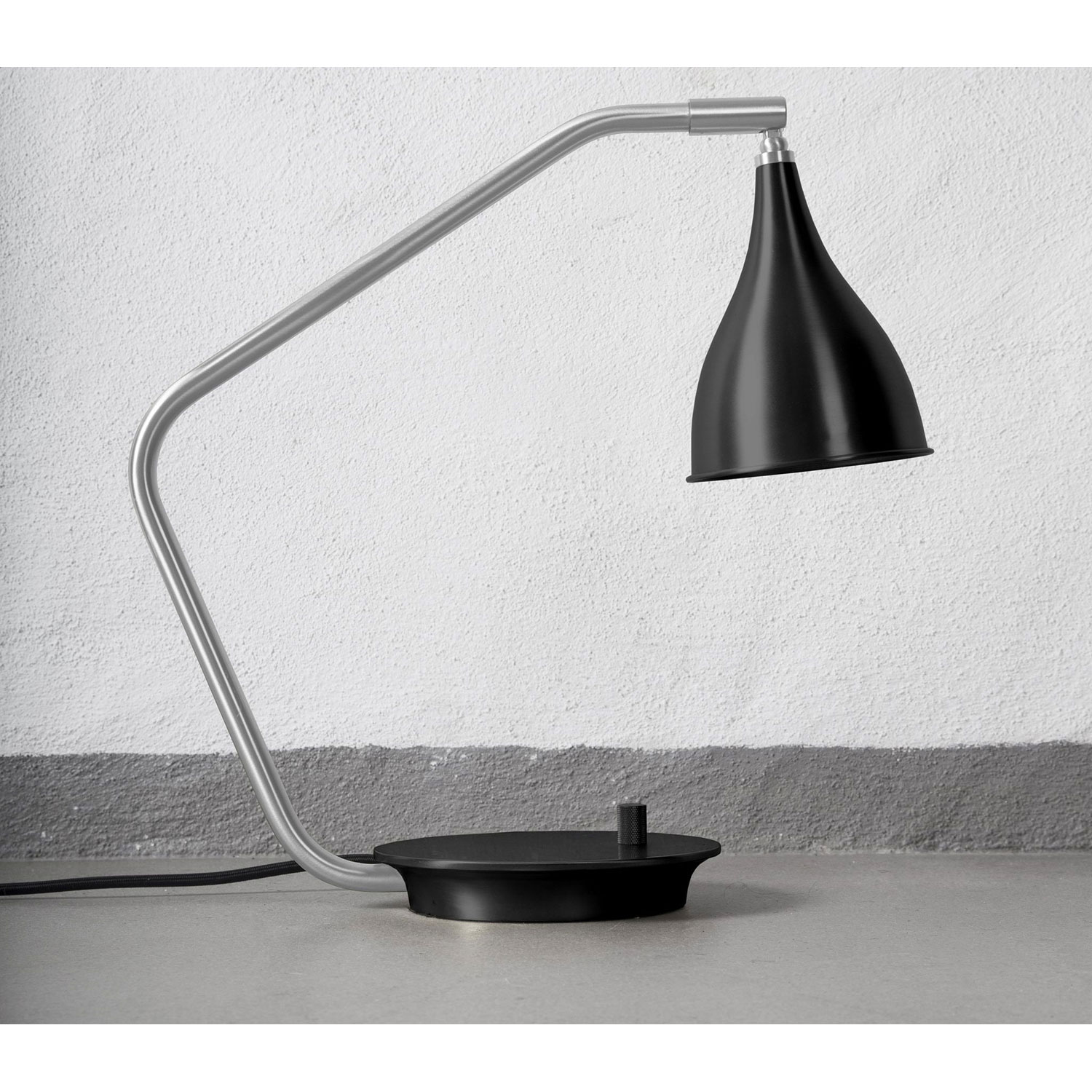 Le Six table lamp bordslampa, svart