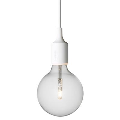 E27 lampa vit