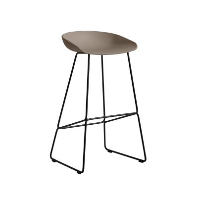 Bild av About a Stool 38 barstol h 75, khaki/svart