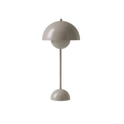 Bild av Flowerpot bordslampa VP 3, grå/beige
