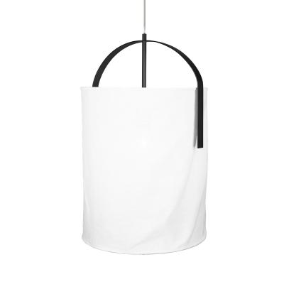 Nest taklampa, vit/matt svart