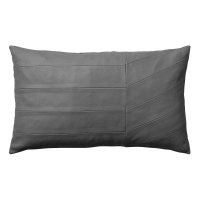 Bild av Coria kudde, mörkgrå läder