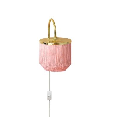 Fringe vägglampa, pale pink