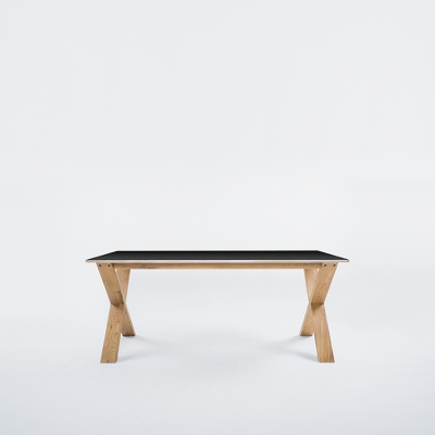Arc Table 180 svart