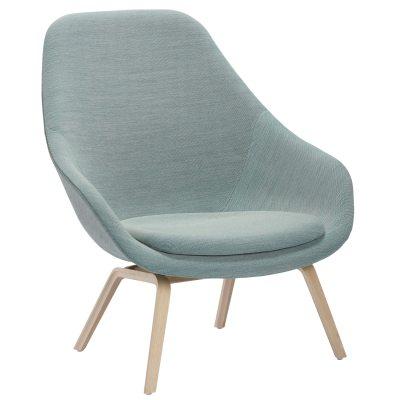 Bild av About a Lounge 93 fåtölj m kudde, ljusblå/ek