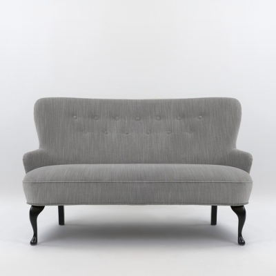 April soffa, ducale grey