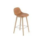Fiber Wood bar stool w.back, konjak läder/ek