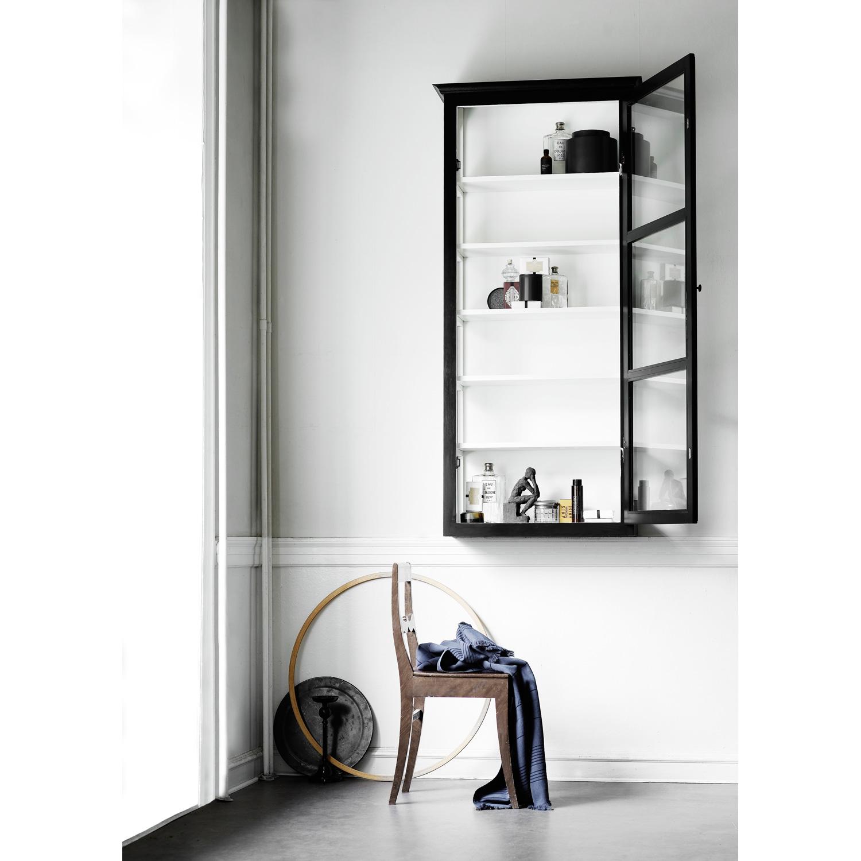 vitrinskåp v4, svart – lindebjerg design – köp online på rum21.se