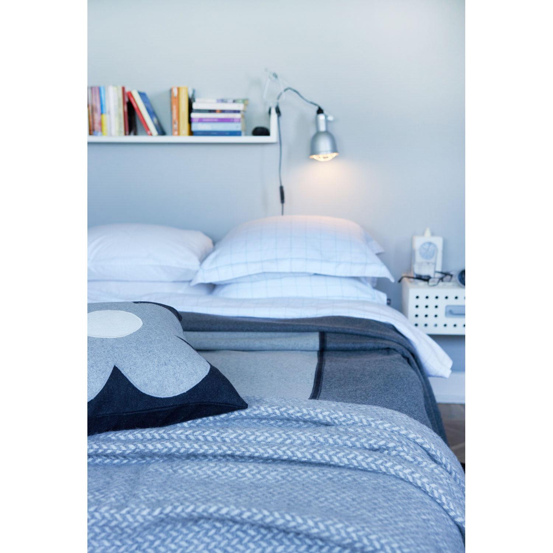 Polka pläd, grå från klippan   köp på rum21.se