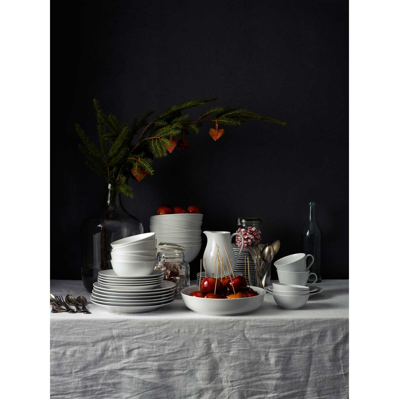 Swedish grace assiett 17 cm, sn̦/vit fr̴n r̦rstrand Рk̦p online ...